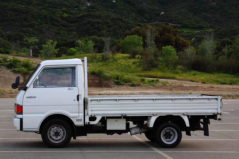 Gonzo Bongo: 1986 Mazda Bongo Brawny Diesel Truck ...