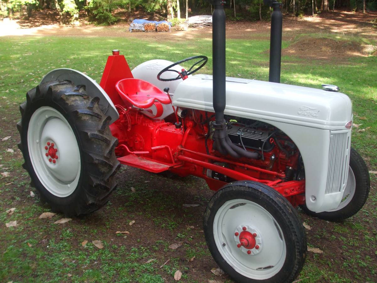 289 V8 Powered: 1950ish Ford 8N Tractor - DailyTurismo