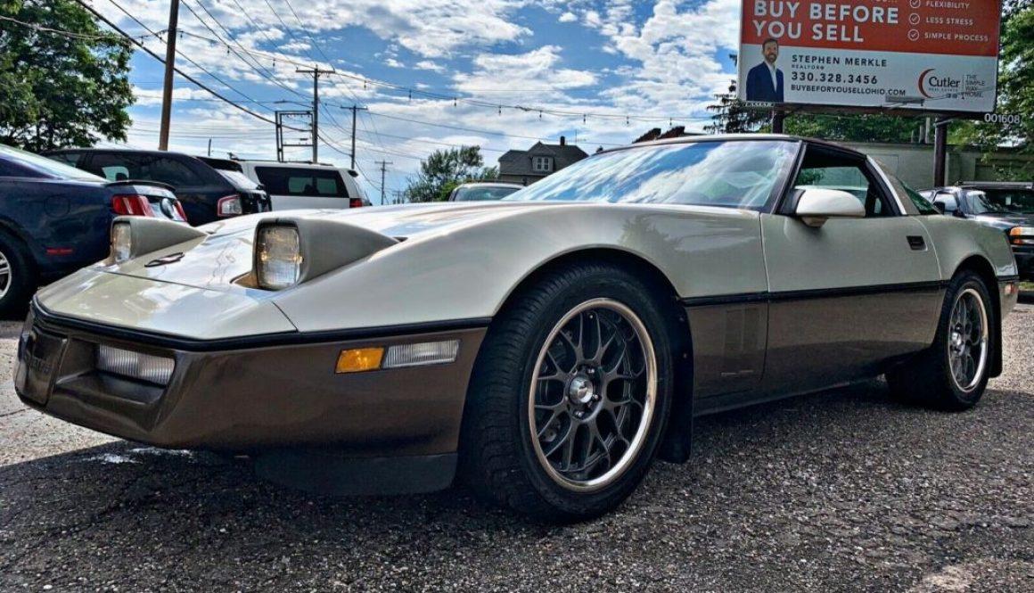 Two Tone 4+3: 1987 Chevrolet Corvette